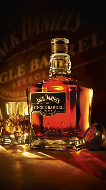 Buy Jack Daniels whiskey at Barcelona shop